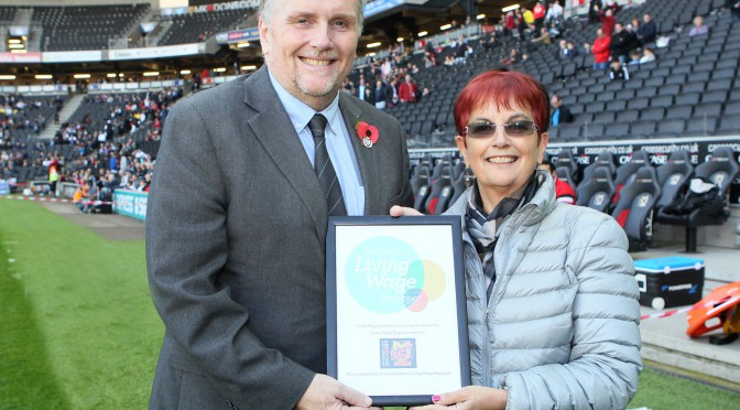MK Dons SET get Living Wage award – 31.10.15